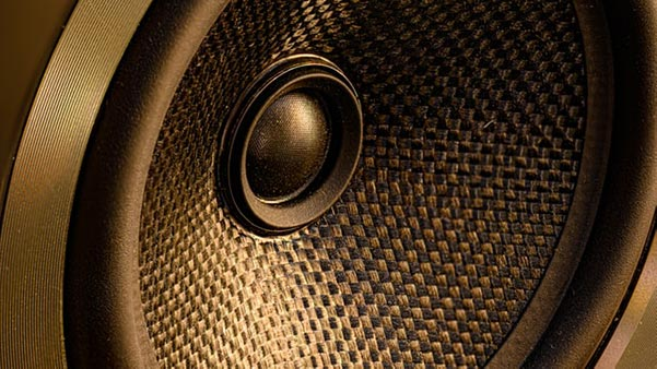 How to Use a Wireless Subwoofer
